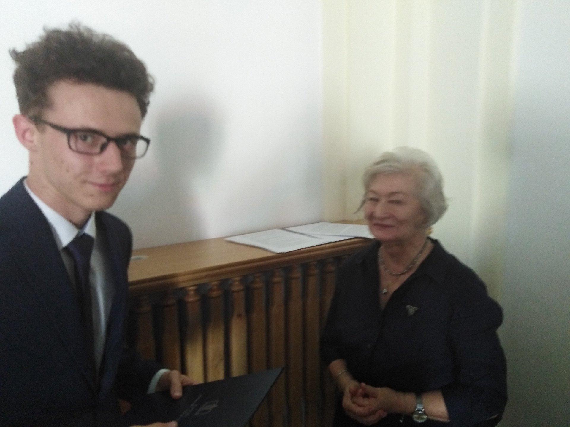 Mateusz Wiater na gali Olimpiady Literatury i Języka Polskiego